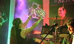 Drummer Axel Kretschmer Sängerin Tanja Scherbaum live