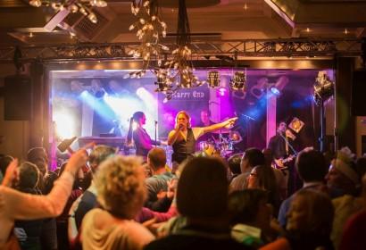 Party mit Publikum von Happy End bei Grothenn in Bremen